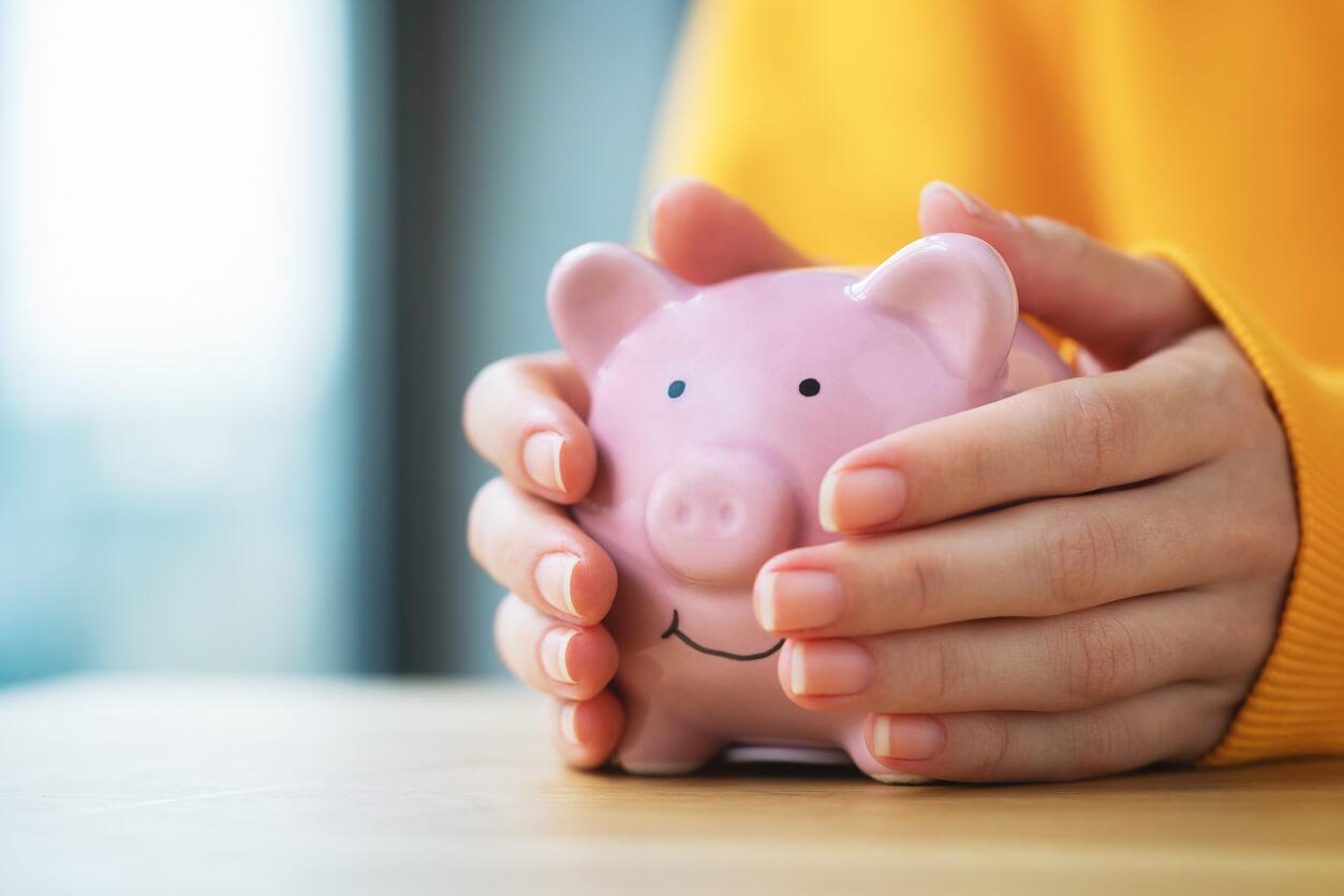 Different ways of borrowing money