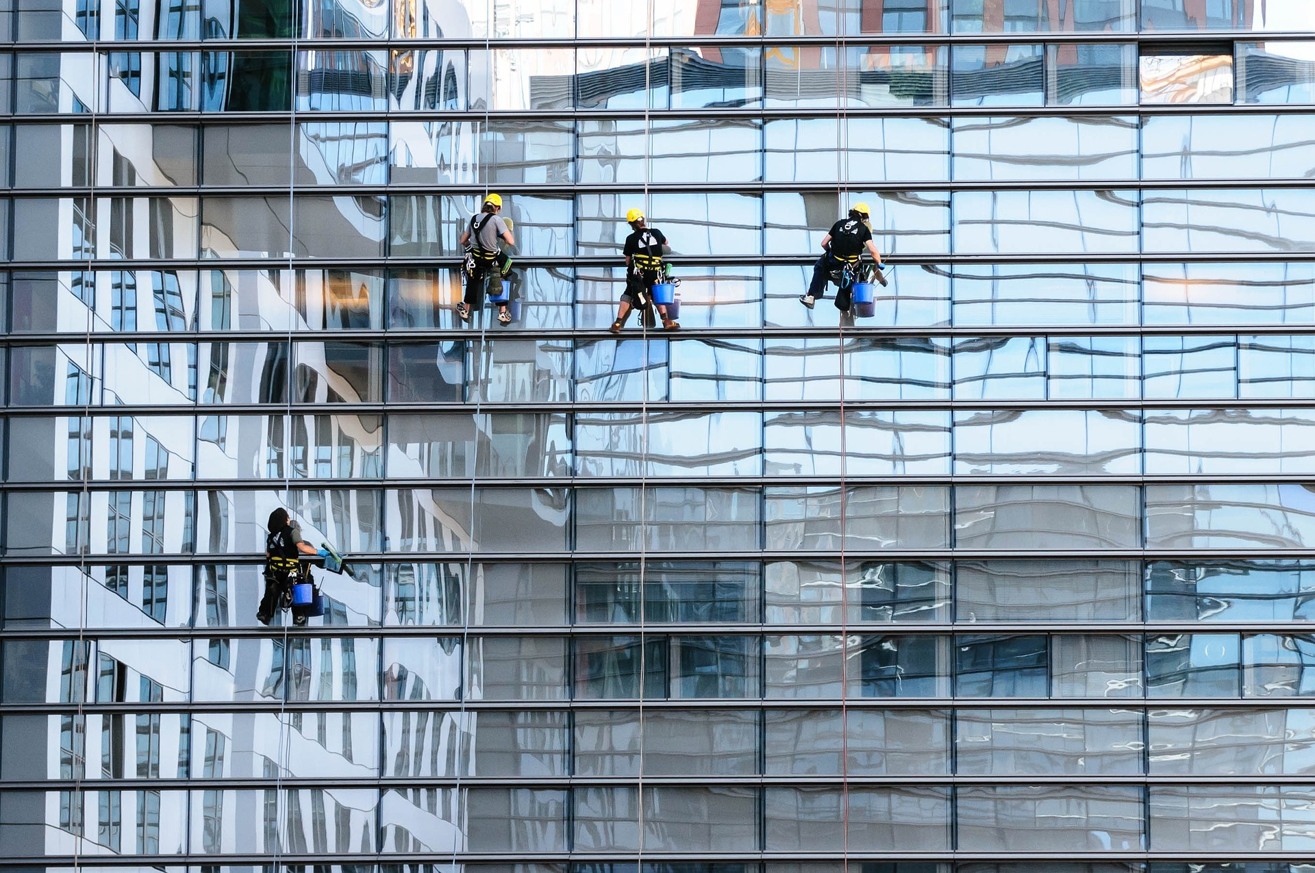 dangerous job window cleaning