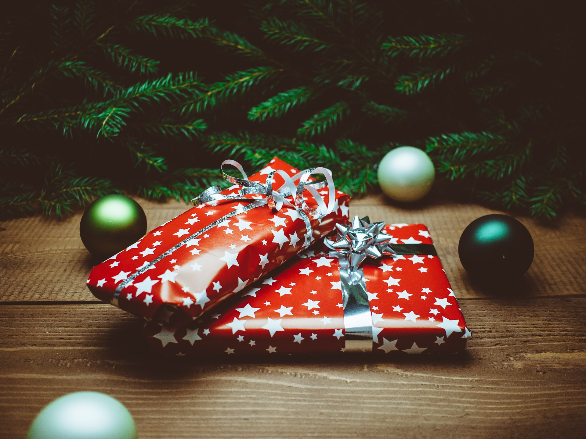 Christmas Spending.Uk Christmas Spending Habits Survey Results