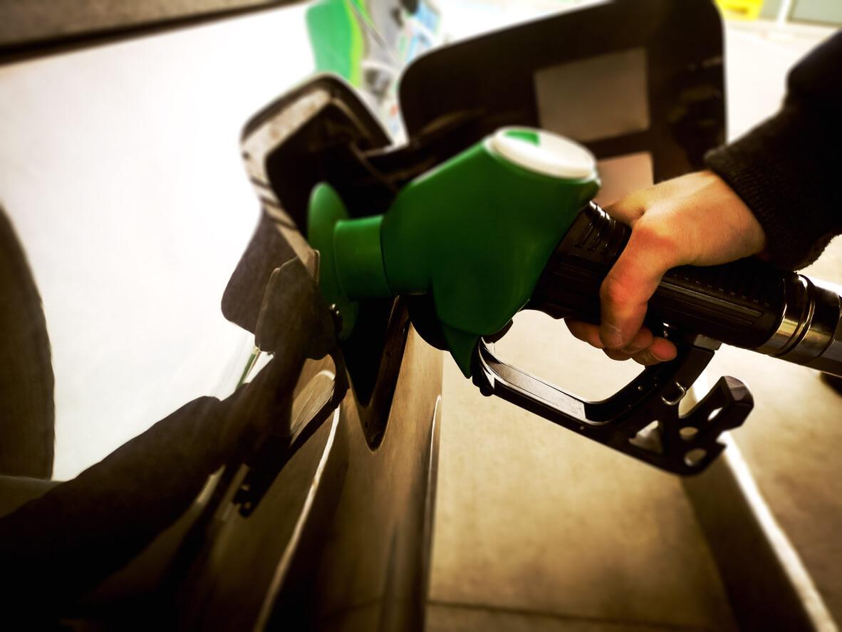 using petrol pump spreading coronavirus germs